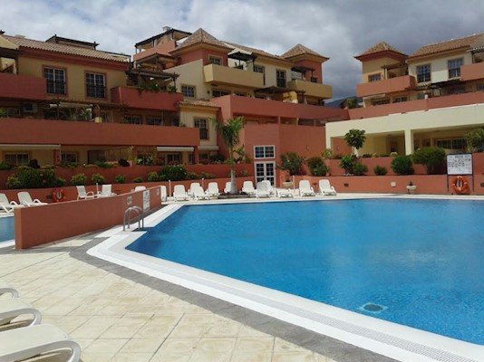 For rent in El Duque, Tenerife