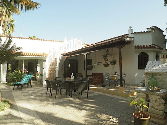 Villa For sale in La Orotava, Tenerife