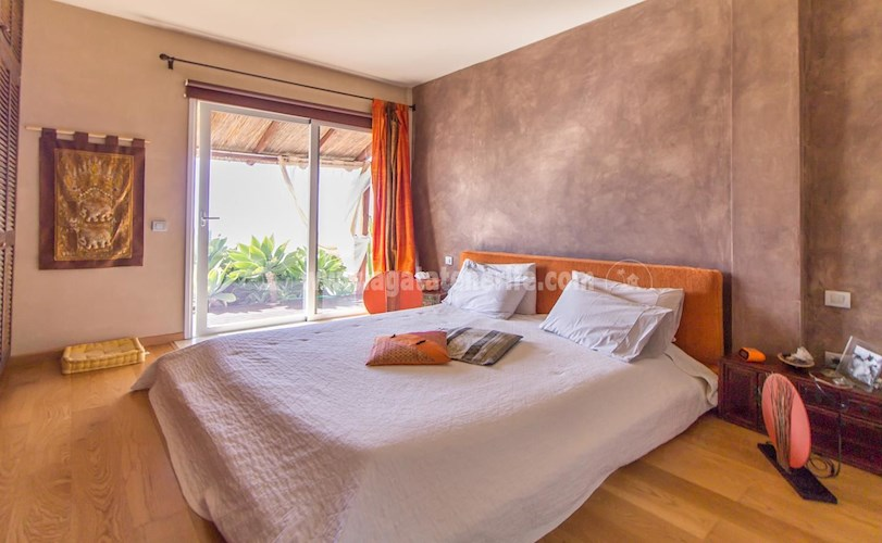 Villa For sale in Playa  Fanabe, Tenerife