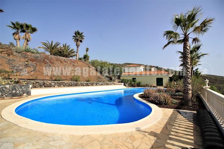 Villa For sale in Chio, Tenerife