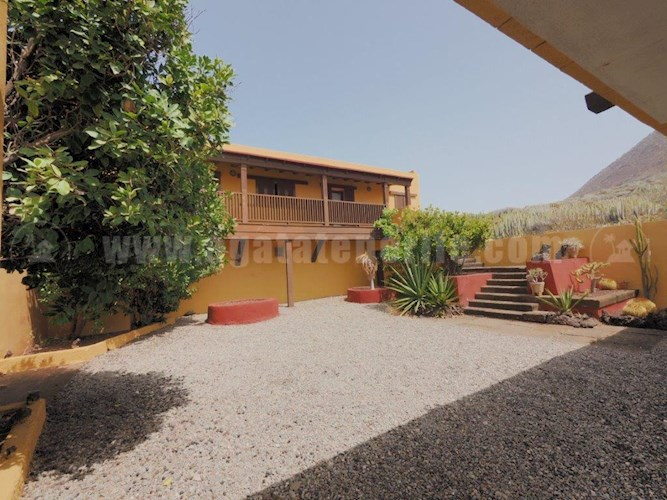10 bed villa for sale in Buenavista del Norte, Tenerife