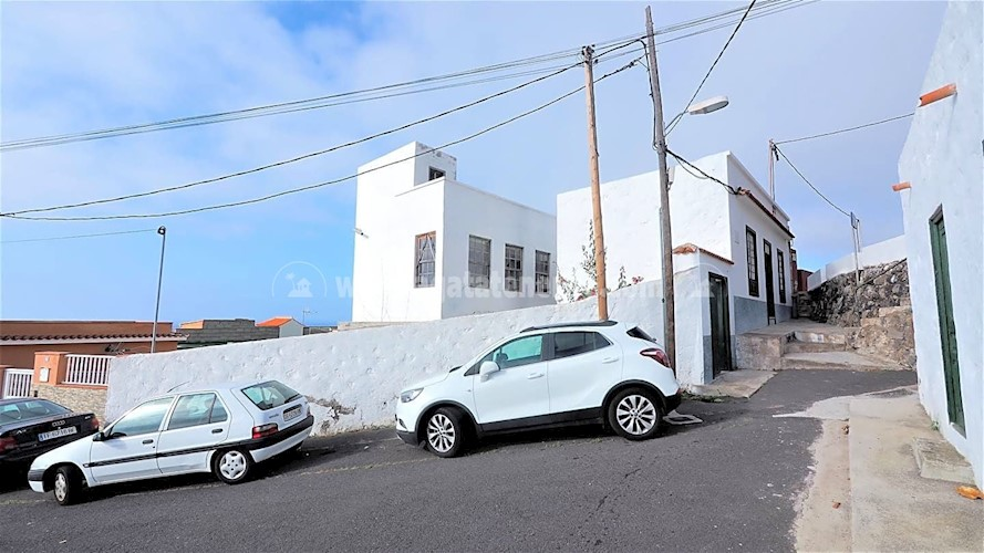 4 bed villa for sale in Garachico, Tenerife