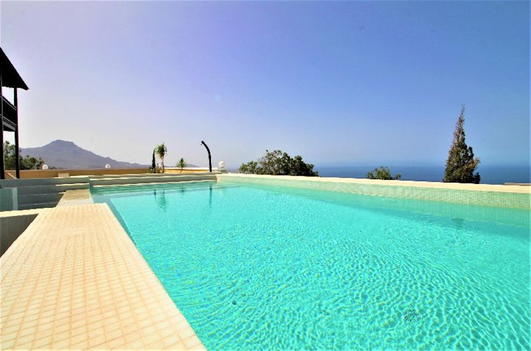 Townhouse For sale in Los Menores, Tenerife