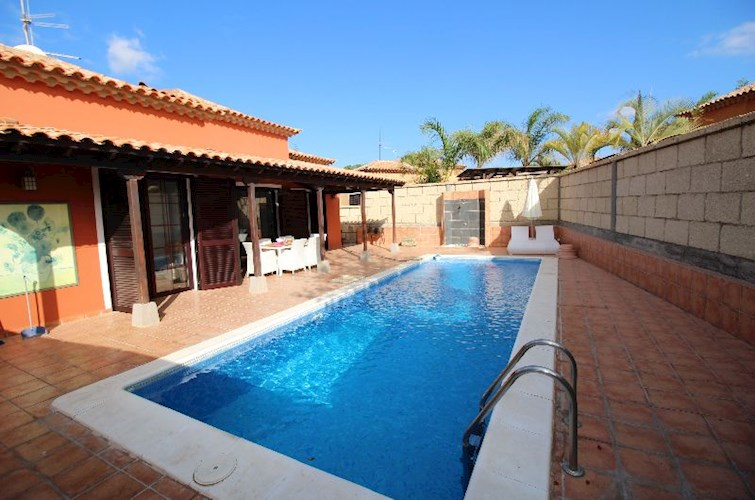 Villa For sale in Guargacho, Tenerife