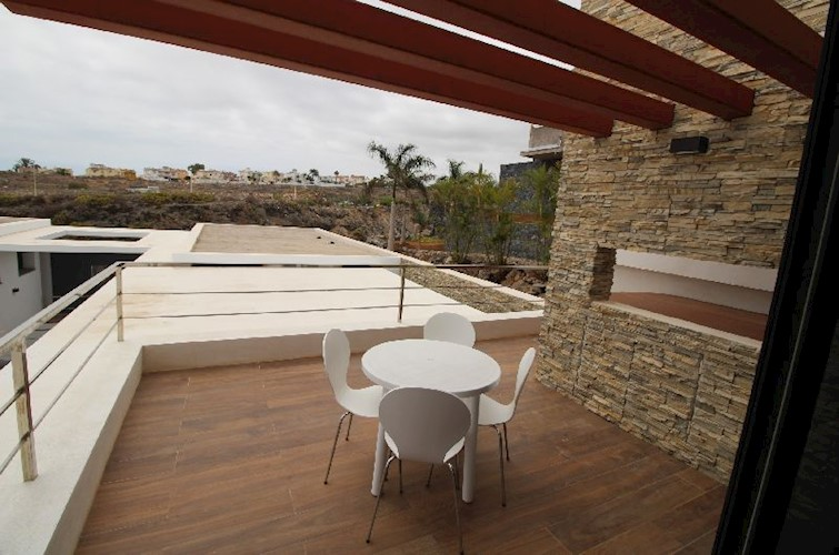 Villa For sale in La Caleta, Tenerife