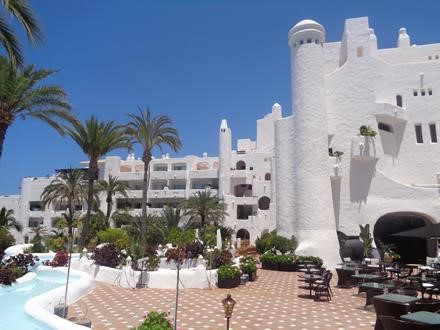 2 bed apartment for sale in Jardin Tropical, San Eugenio Bajo, Tenerife