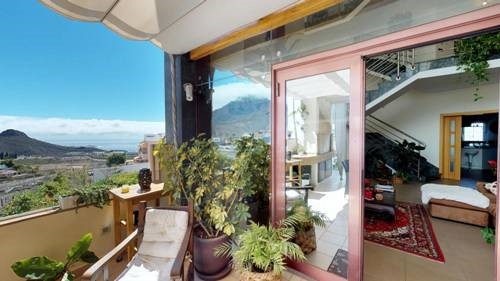 4 bed villa for sale in Balcon del Duque, El Duque, Tenerife