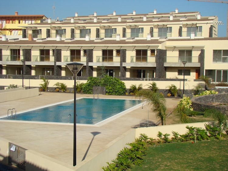 3 bed townhouse for sale in Sun Bay Villas, Amarilla Golf, Tenerife