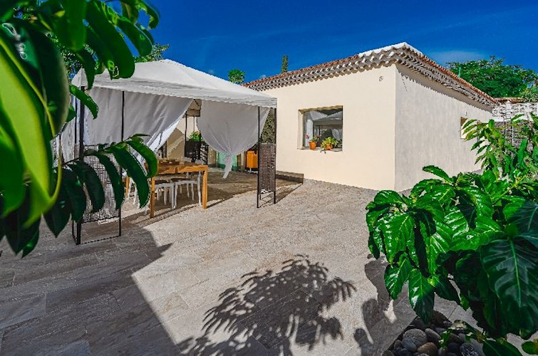 Bungalow For sale in Guargacho, Tenerife