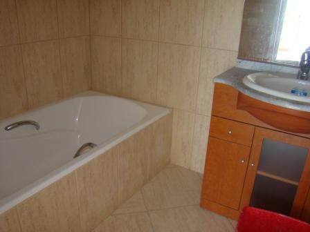 3 Bedroom House For Sale in San Eugenio Bajo