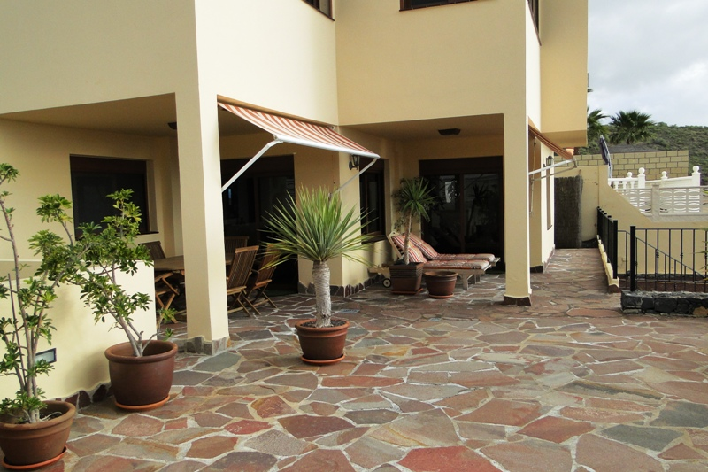 4 Bedroom House For Sale in Torviscas Alto