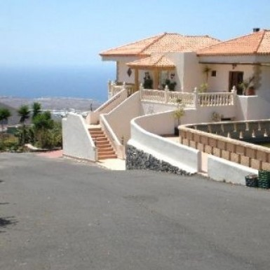 Semi-Detached House For sale in La Hoya, Tenerife