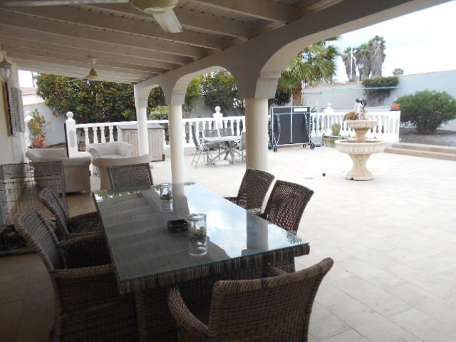 Golf del Sur 4 Bed Villa For Sale, Tenerife
