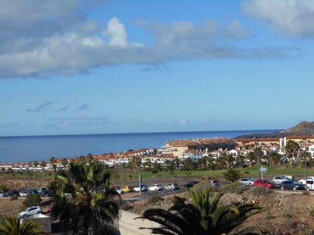 Apartment For rent in Costa del Silencio, Tenerife