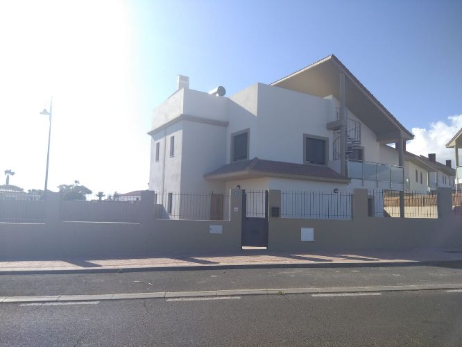 Detached House For rent in Amarilla Golf, Tenerife