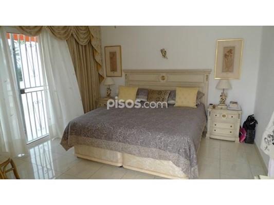 3 Bed Villa For Sale in Las Americas