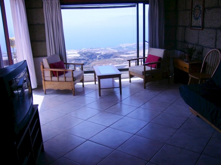 4 bed canarian house for sale in Guia de Isora