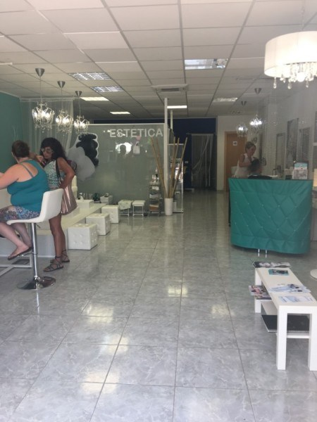Beauty Salon for sale in Los Cristianos