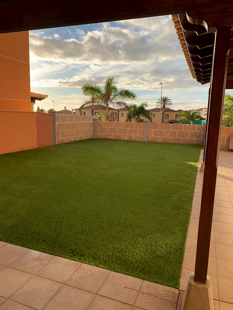 Semi-Detached House For sale in Los Cristianos, Tenerife