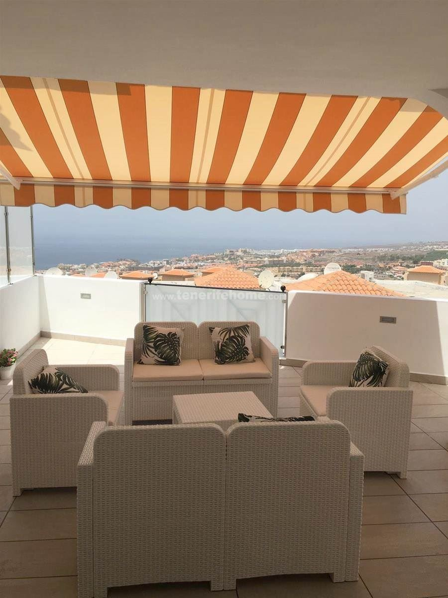 2 bed apartment for sale in Adeje, Playa  Fanabe, Tenerife