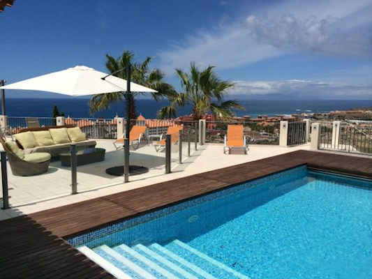 6 Bed Villa For Sale in Costa Adeje