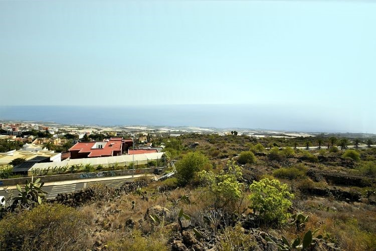 Building Plot for sale in Guia de Isora, Tenerife