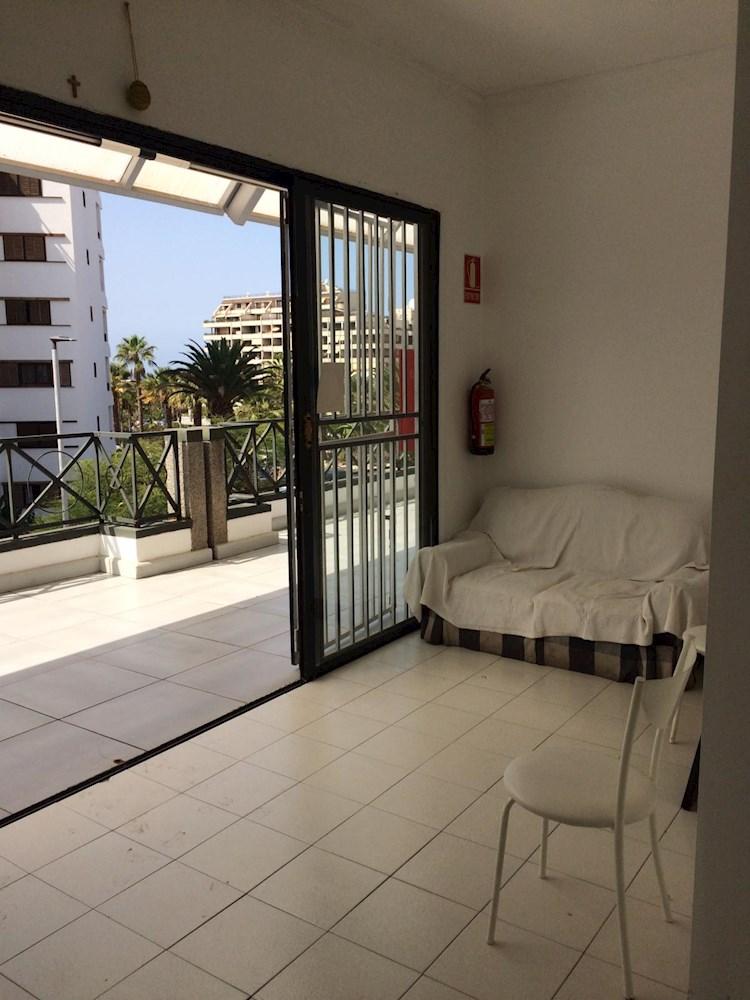 Empty Local For sale in Los Cristianos, Tenerife