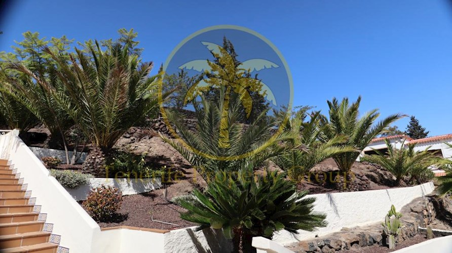 Townhouse For sale in Arona, Tenerife