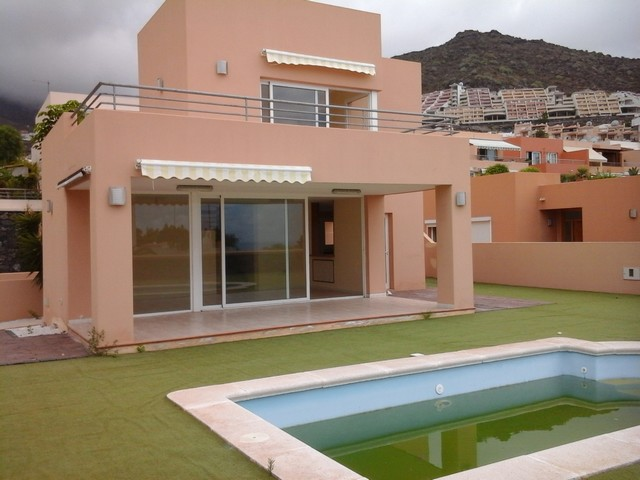 4 Bedroom House For Sale in El Madronal