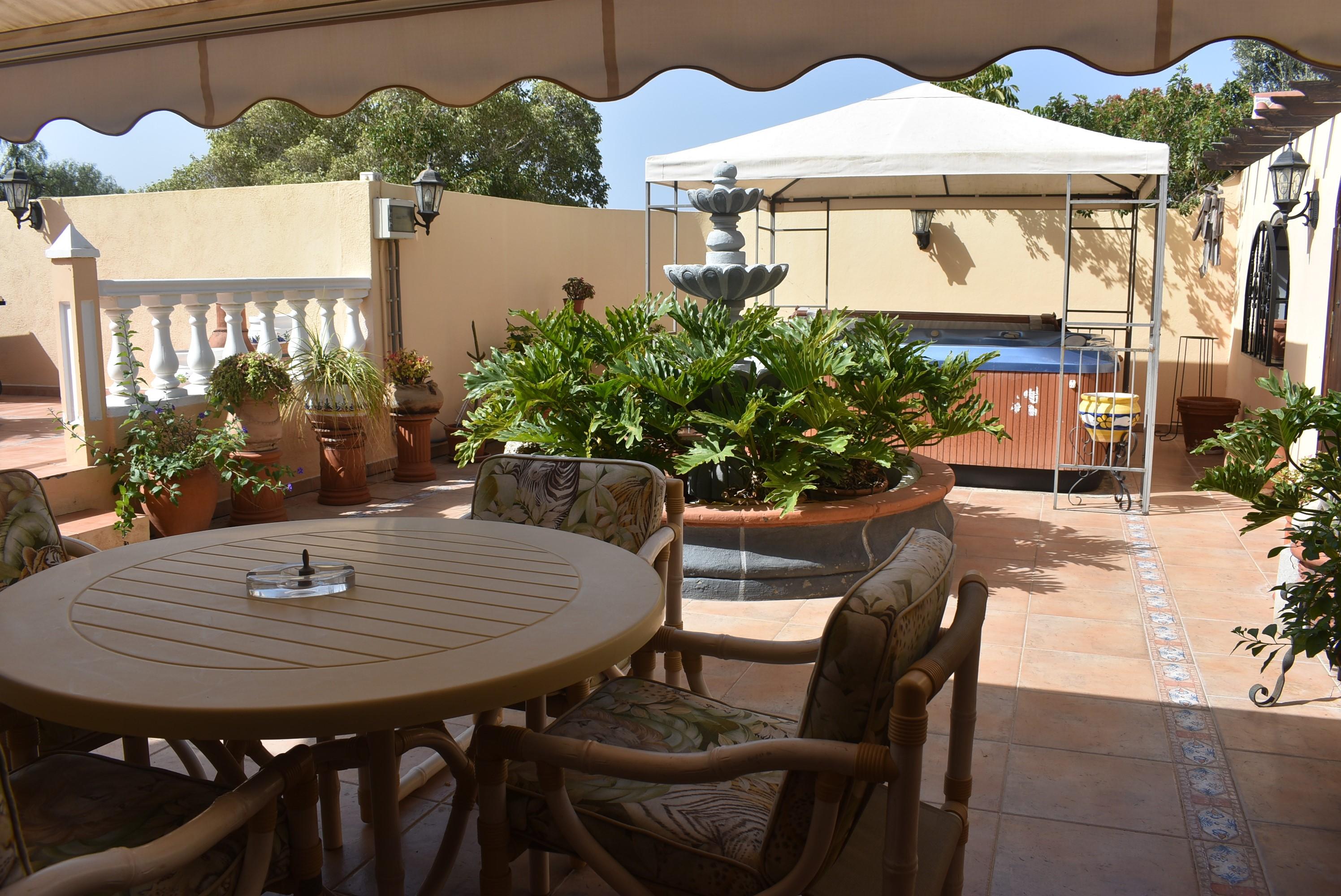 Las Moraditas 4 Bed Villa For Sale