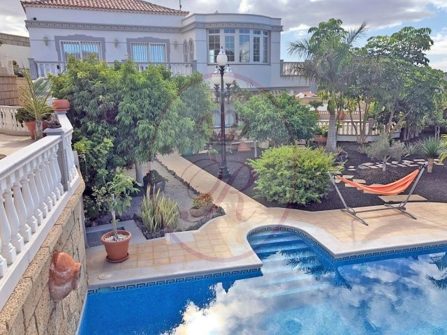 For sale in Aguilas del Teide, Tenerife