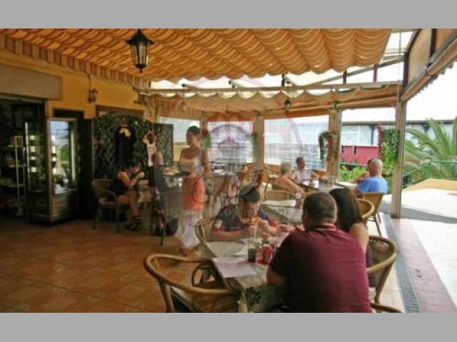 Bar/Cafe For sale in Las Americas, Tenerife