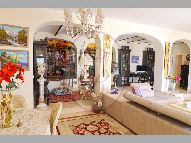Villa For sale in Los Gigantes, Tenerife
