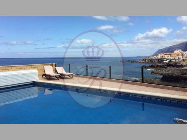 Villa For sale in Puerto de Santiago, Tenerife