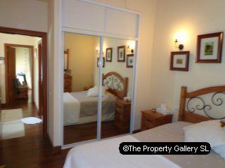 El Madronal 3 Bed Villa For Sale