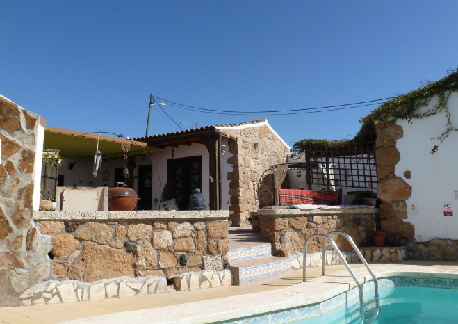 4 bed villa for sale in El Roque
