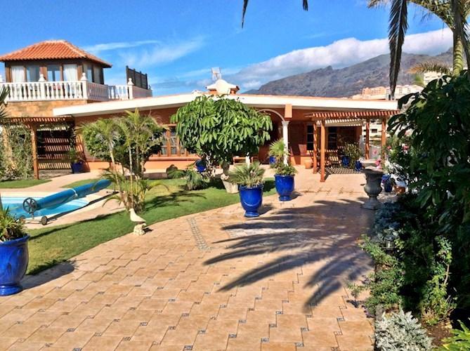 Villa For sale in Playa de la Arena, Tenerife