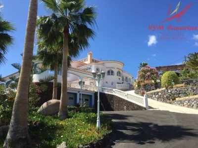 6 bed house for sale in Los Menores, Tenerife