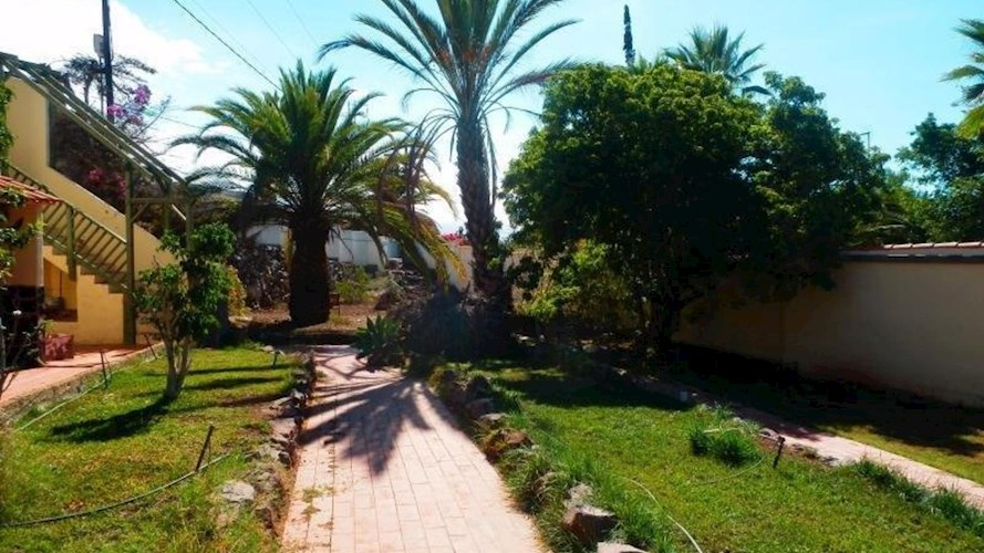 Commercial Property For sale in Los Menores, Tenerife