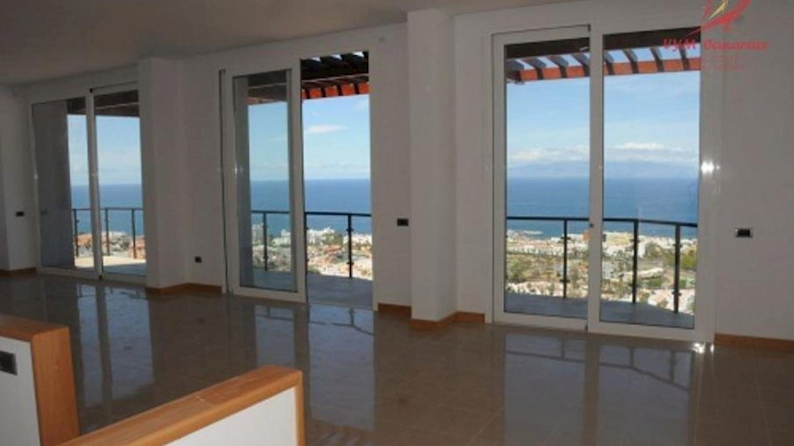 Townhouse For sale in Torviscas Alto, Tenerife
