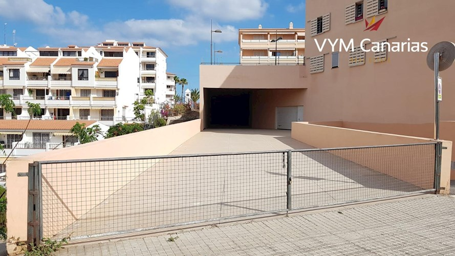 Garage for sale in Los Cristianos, Tenerife