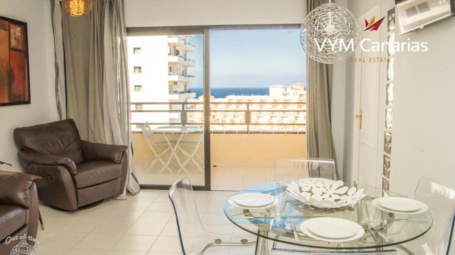 2 bed apartment for sale in Playa Paraiso, Tenerife