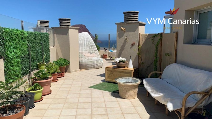 Penthouse For sale in El Medano, Tenerife