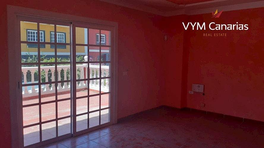 5 bed townhouse for sale in Los Olivos, Tenerife