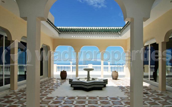 9 Bedroom House For Sale in San Eugenio Alto, Tenerife